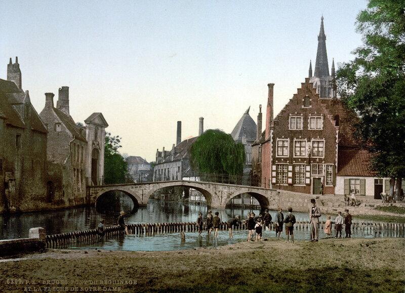 Бегинаж и шпиль Нотр-Дама, конец XIX века