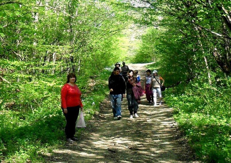 Апрель, в походе, путь к водопадам, окрестности Горячего Ключа (15).JPG