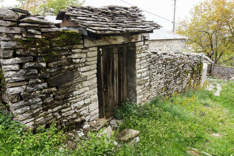 ворота дома во Врадето, Загория (Vradeto)