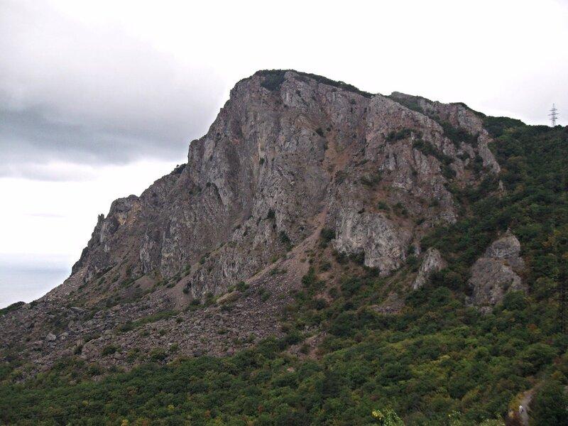Гора Челеби-Яурн-Бели.