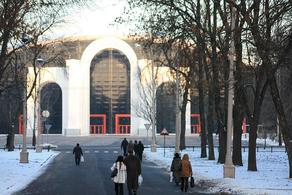 Международный выставочный комплекс «Россия»