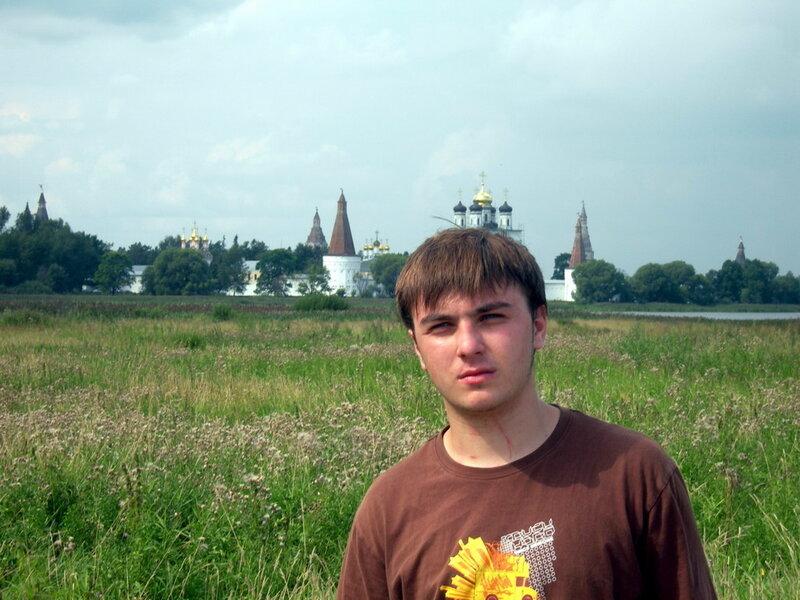 Фото на память, Иосифо-Волоцкий монастырь волоколамск россия москва крест православие церковь храм церковная служба фото фотки апарышев.