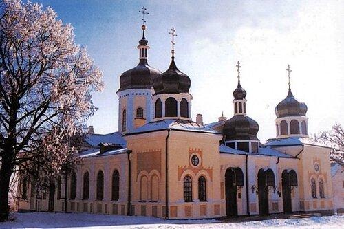 Свято-Троицкая церковь. Ионовский монастырь.