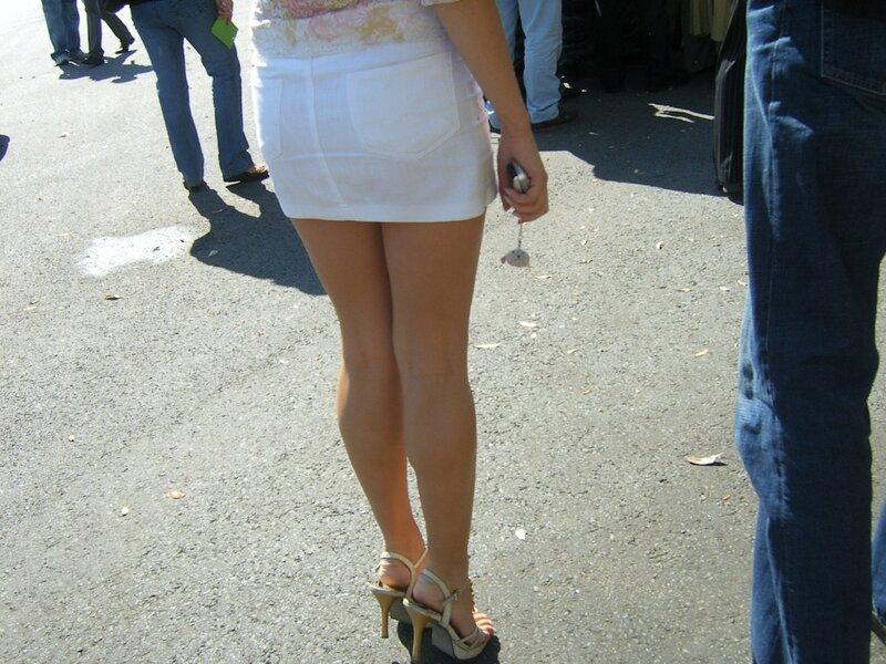 многие женские ножки на московских улицах видео разделе лесбиянки порно