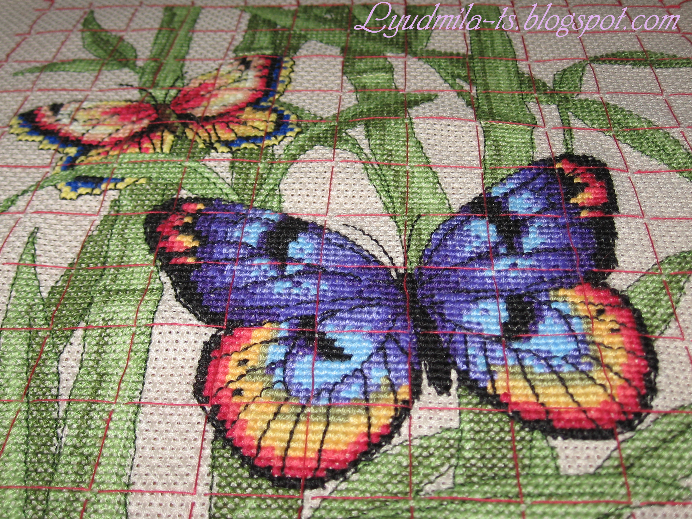 Вышивка бабочки от риолис 609