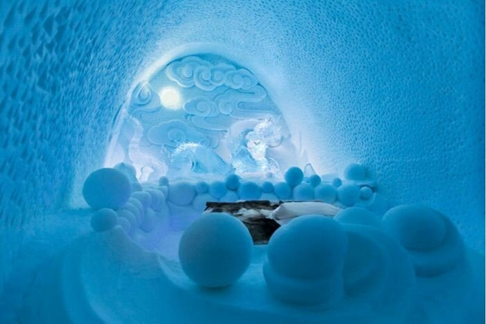 Самой большой в мире отель изо льда и снега