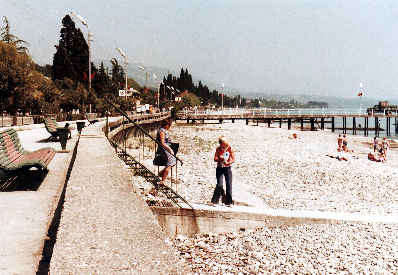 Сухумский пляж