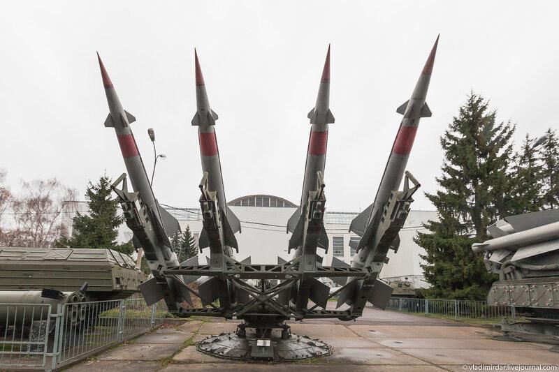 Зенитно-ракетный комплекс малого радиуса действия 5П73 ЗРК С-125М «Нева-М»