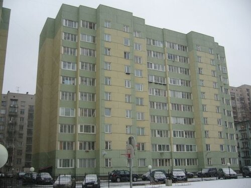 ул. Лени Голикова 47к2