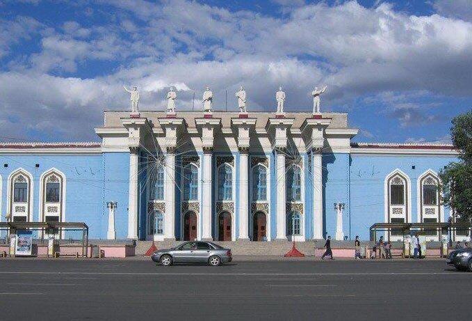 Расписание поездов br города Караганды. Кинотеатры, проведение досуга в го