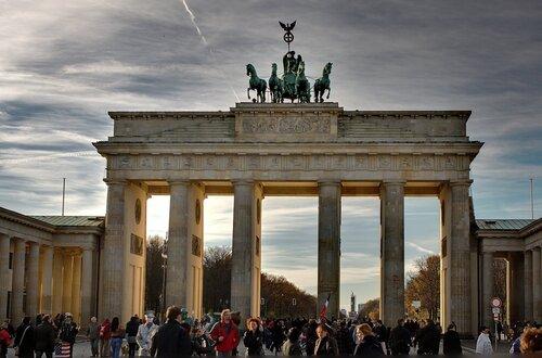 Небо над Берлином. День