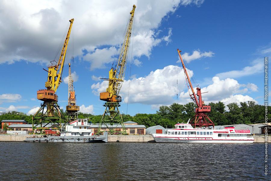 Буксир-толкач «Речной-89», теплоход «Водоходъ» (тип «Московский», проект 81080, 1986 года постройки)