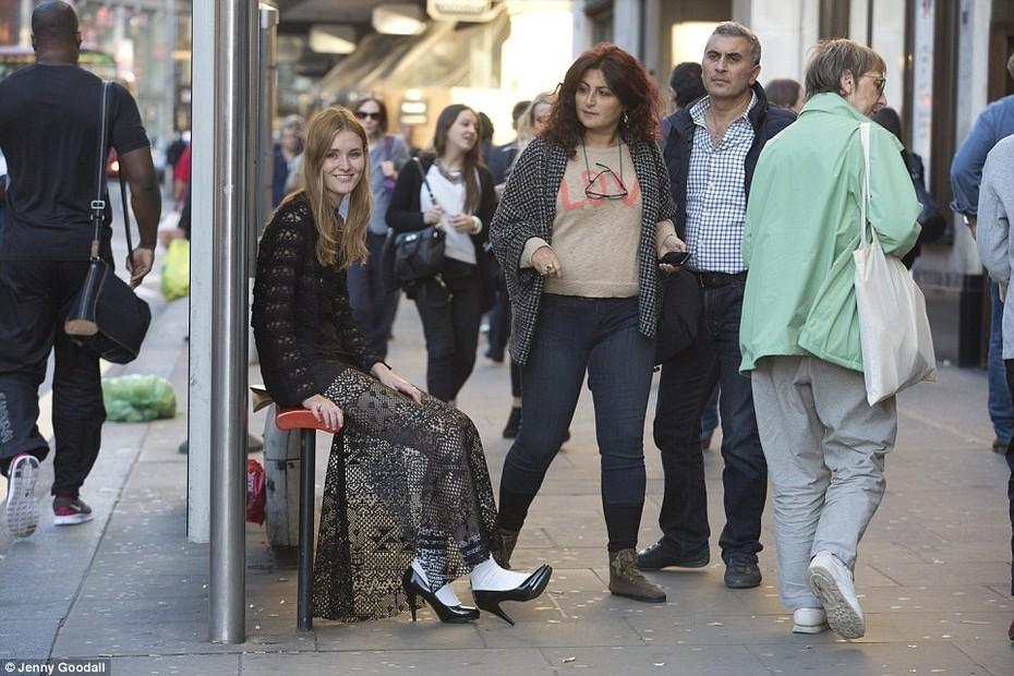Можно ли в одежде с подиумов ходить по улице?