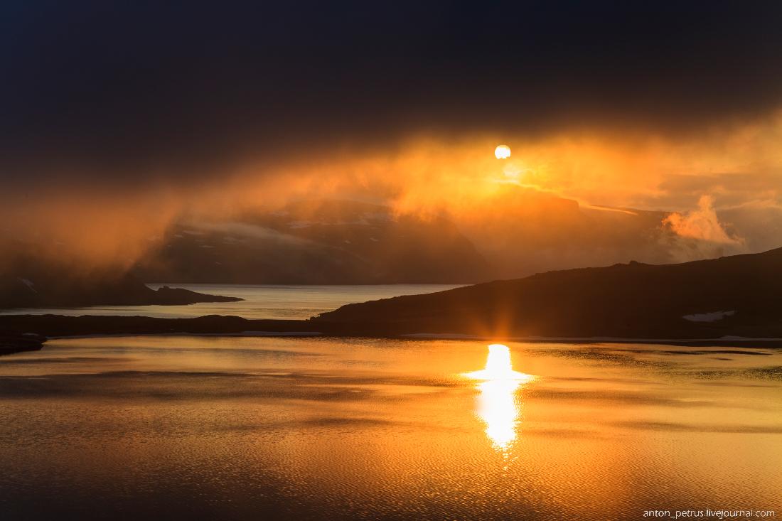 Норвегия. Гора Далснибба и Гейрангер-фьорд