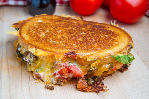 10. Салат тако и сыр 11. Печеный картофель, зелень, сыр и бекон