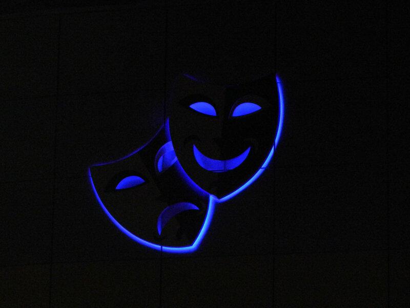 Театральная маска.