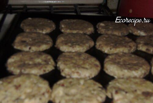 Творожное печенье ставим в духовку