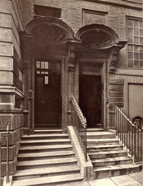 Архивы Института Bishopsgate содержат фотографии старого Лондона начиная...