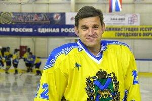 В матче с командой «Восток-1» губернатор Сергей Дарькин сделал хет-трик