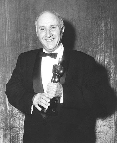 Дмитрий Тёмкин получил Оскара.