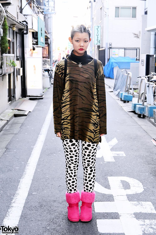 Фото японки в коротких юбках 12 фотография
