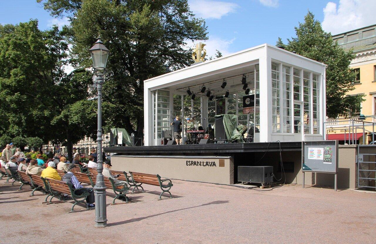 Helsinki, Esplanade. Summer theatre Esplan Lava