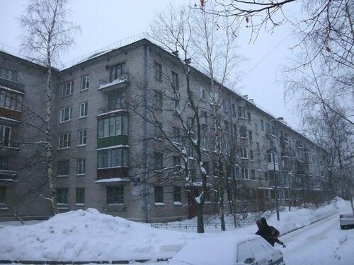ул. Пилотов 19