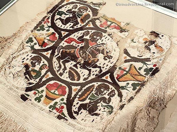 «Сотканный мир египетских христиан»