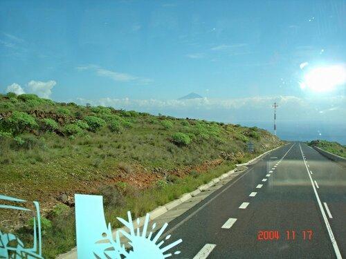 Остров Ла Гомера. До вулкана Тейде километров 40...