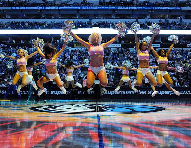Девушки из группы поддержки баскетбольной команды Mavericks Dancers, фотограф Albert Pena