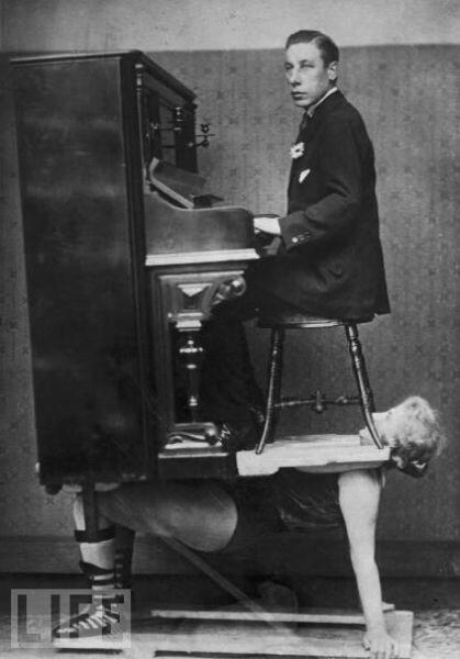 """Трюк """"сильные женщины"""" 1920"""