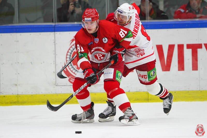 «Витязь» vs «Спартак» 2:4 чемпионат КХЛ 2011-2012 (Фото)