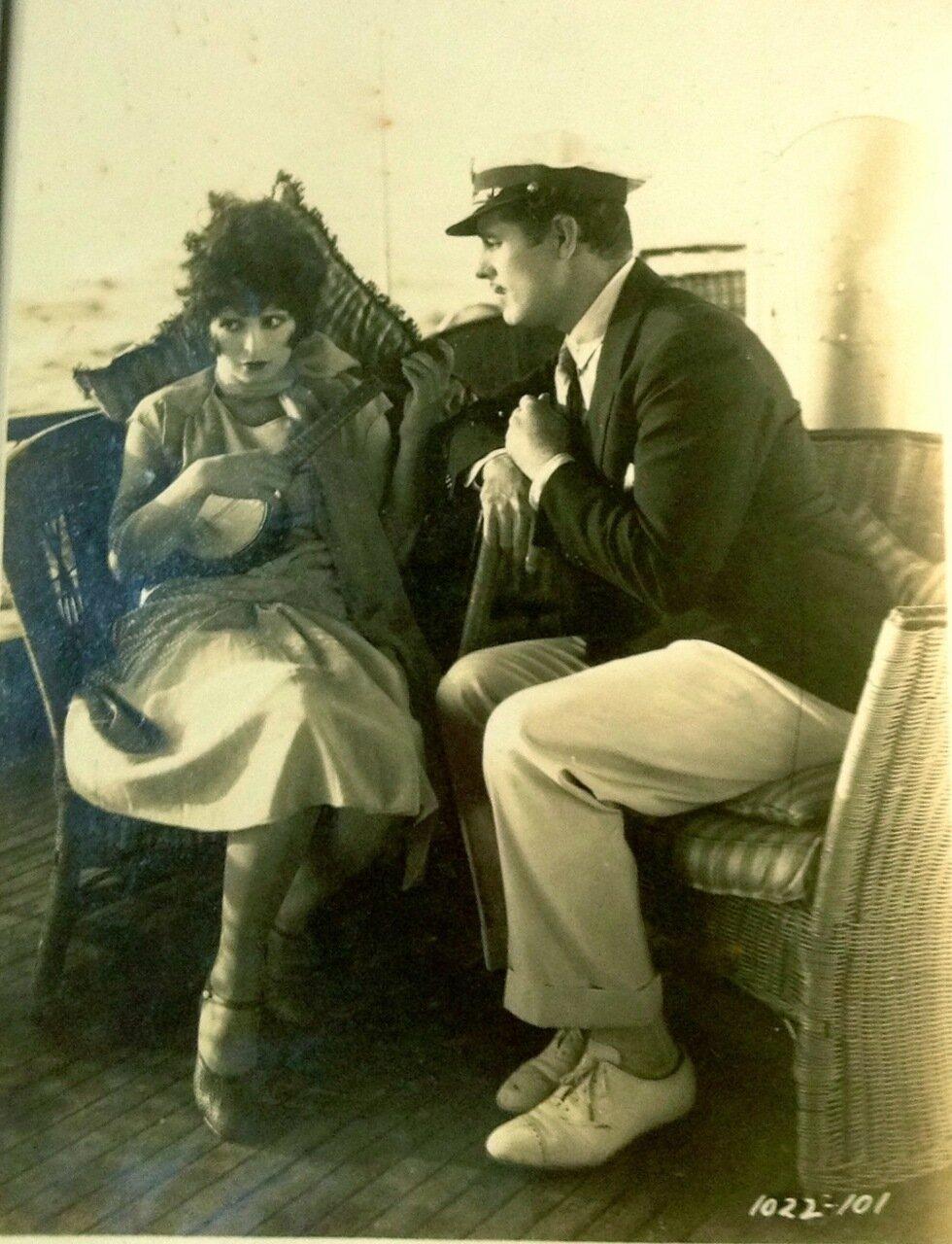 1927. Клара Боу и Антонио Морено