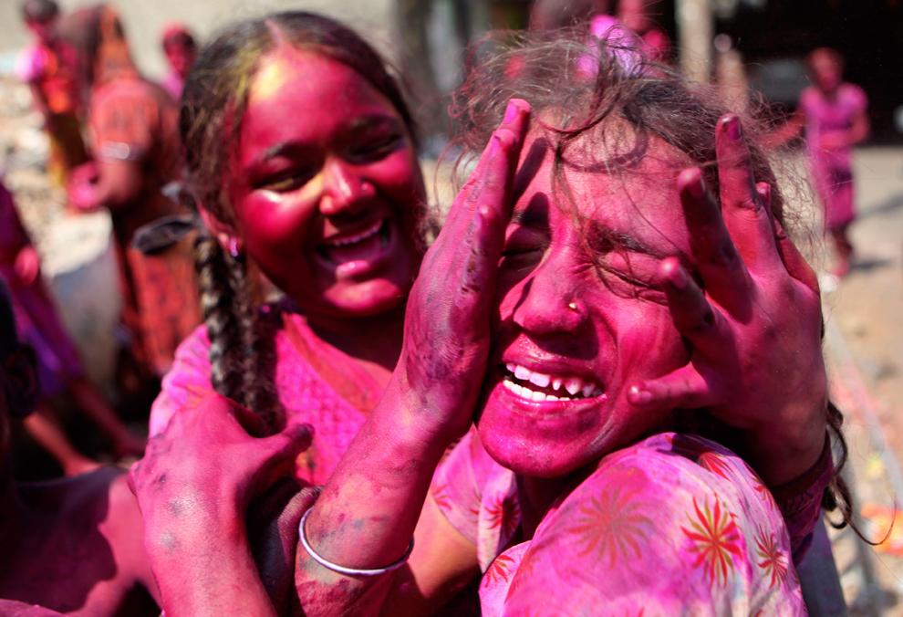 ��������� ���� ��������� (India Holi Festival)