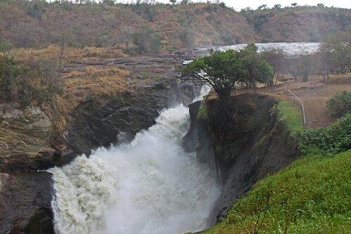 Водопады Мерчисон Фолс
