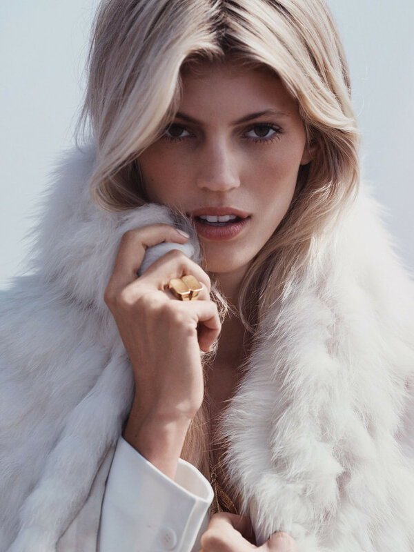 devon-windsor-by-dean-isidro-for-vogue-mexico-november-2015