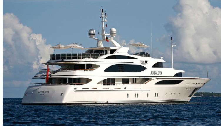 Владелец «Русского стандарта» продал яхту из-за дыры вкапитале банка