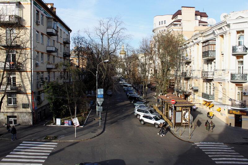 Улица Золотоворотская