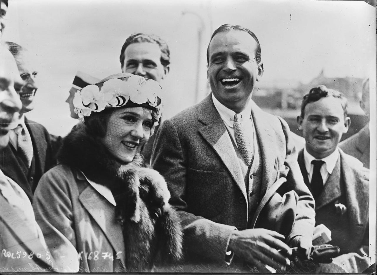 1920. Мэри Пикфорд и Дуглас Фэрбенкс прибыли в Саутгемптон