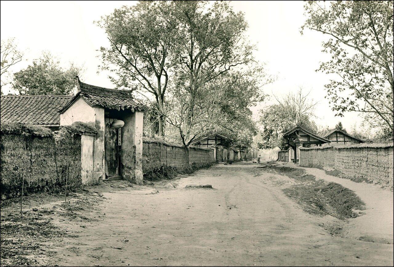 1909. Улица в Маньчжурии