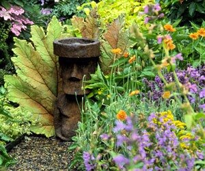 ландшафтный дизайн - статуэтки в саду
