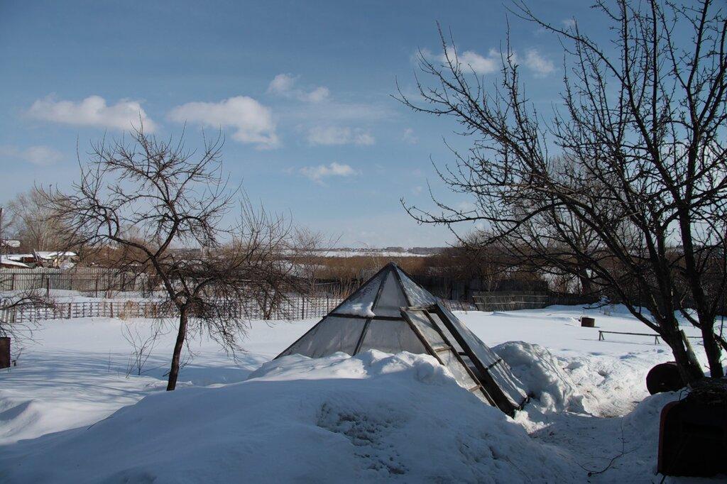 http://img-fotki.yandex.ru/get/5005/for-our-photos.c/0_51f6b_840807d5_XXL.jpg