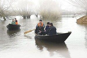 Вышедшая из берегов река затопила дорогу в Приморье