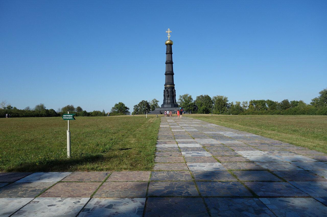 колонна в честь Дмитрия Донского