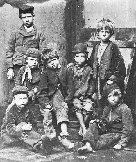 Трудное рабочее детство 2.   ( 52 фото )