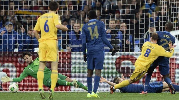 Франция разгромила Украину 3:0 и пробилась на ЧМ-2014