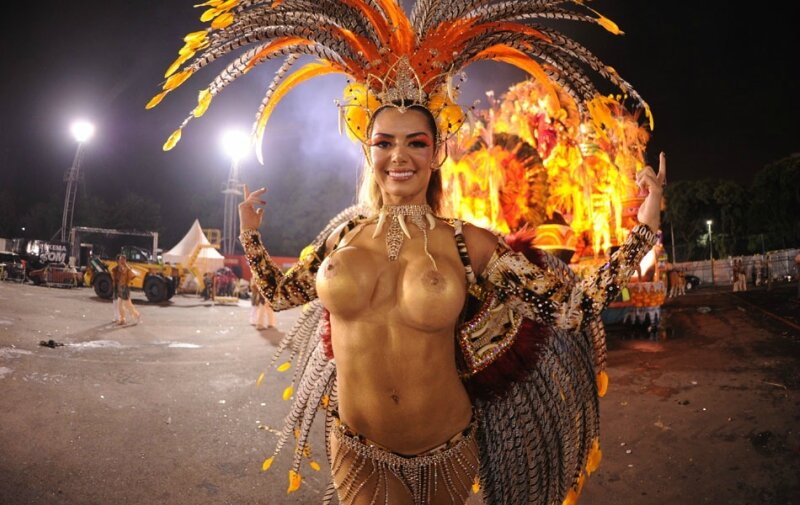 naked-carnival-girls-topless