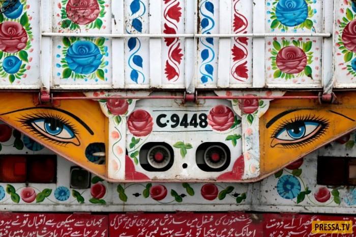 В связи с тем, что экономика Пакистана набирает обороты и строятся новые дороги, открывающие торговы