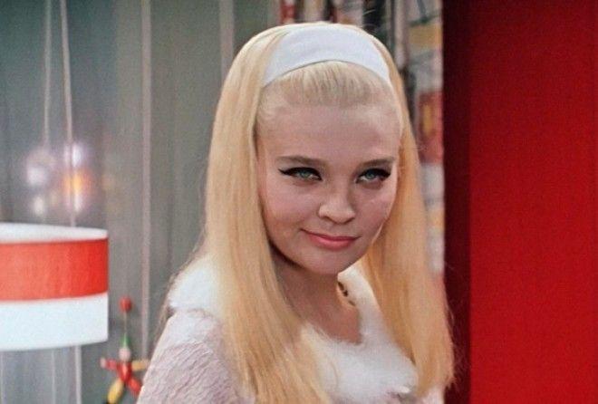 В 1968 году, когда картина вышла в прокат, многие женщины мечтали скопировать образ роковой красавиц
