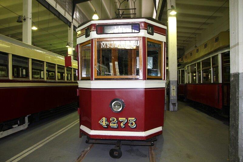 Трамвайный вагон ЛМ-33 №4275 «Американка»  в музее городского электрического транспорта IMG_8744
